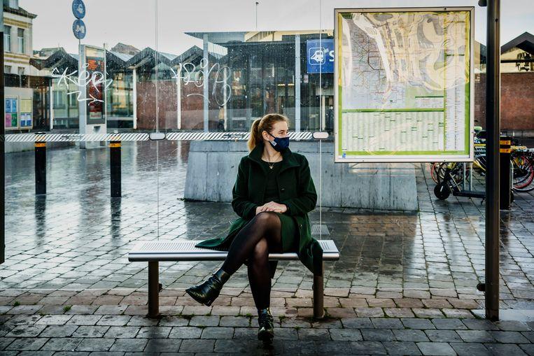 Elke Van den Brandt. 'De hoofdreden waarom Brusselaars niet fietsen, is het gebrek aan veilige fietspaden.' Beeld © Eric de Mildt