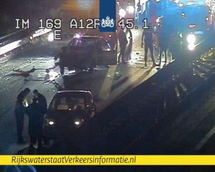 Ongeluk op de A12 bij Zevenaar.