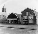 G. Mosterd opende op 10 mei 1940 zijn aardappelen-, groente- en fruithal De Goudmijn aan de Leusderweg, op de hoek met de Daltonstraat. Rond 1985 werd de hal gesloopt.