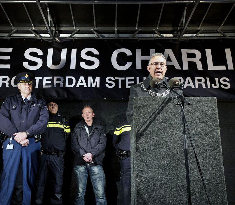De Rotterdamse burgemeester Ahmed Aboutaleb tijdens de herdenking. Beeld Guus Dubbelman
