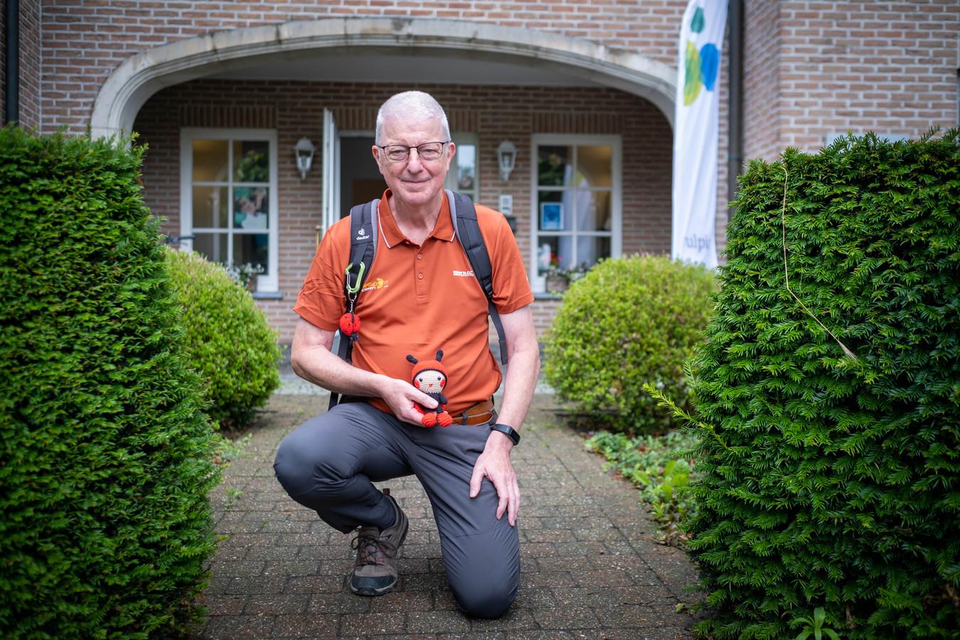 Maurice Dommicent stapt 1000 kilometer om geld in te zamelen voor het animatieteam van WZC De Linde