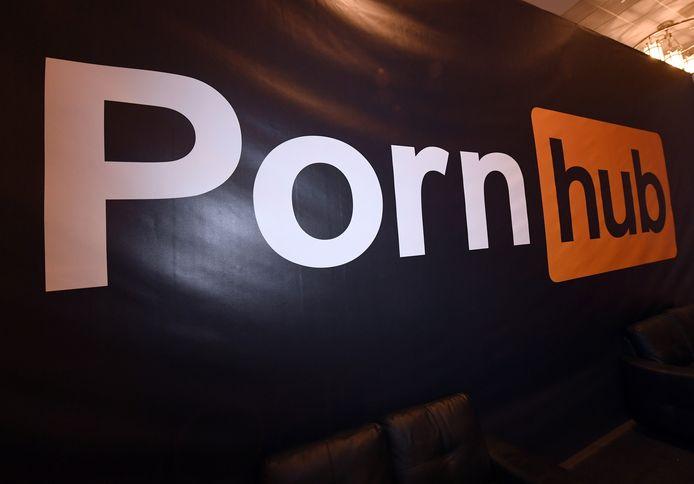 Pornhub s'était déjà retrouvé dans la tourmente l'an dernier après la publication d'un article du New York Times l'accusant d'héberger des vidéos pédopornographiques et de viols, ce qu'il avait déjà démenti.