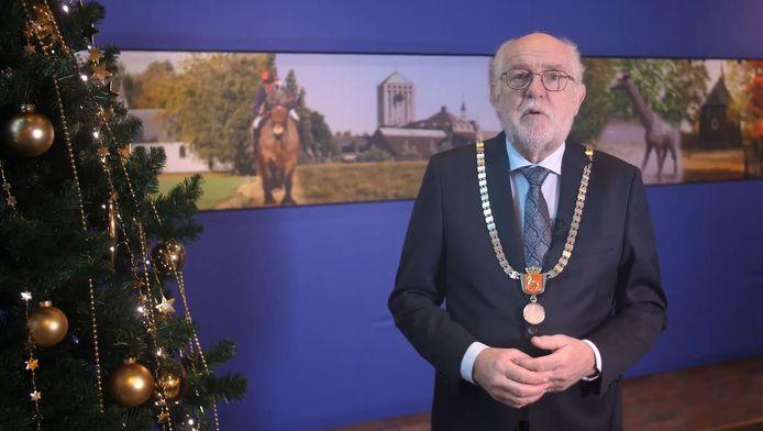 Still van de nieuwjaarstoespraak van Karel van Soest, burgemeester van Boxmeer.