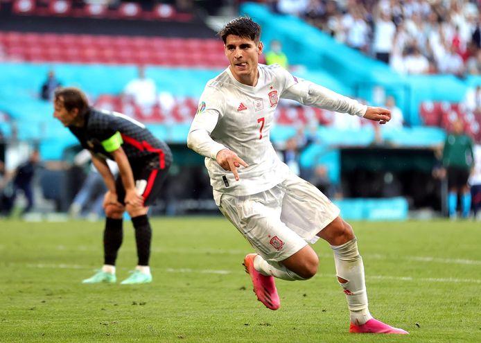 Uitgerekend de verguisde spits Alvaro Morata zette Spanje in de verlenging op voorsprong.