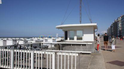 Oude redderspost op zeedijk gaat tegen de vlakte