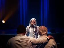 Erwin Nyhoff speelt 'Radar Love' in Speelhuis