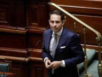 """Tom Van Grieken kan weer twitteren: """"Censureren van parlementsleden en burgers door multinationals moet stoppen"""""""