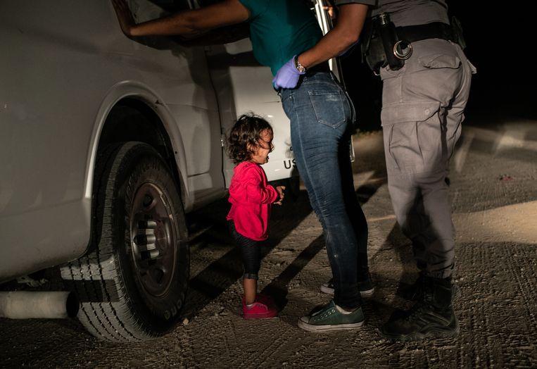 De winnaar van de Picture of the Year 2019 van World Press Photo. Beeld EPA / John Moore/ Getty Images