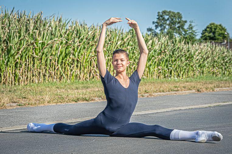 Senna Dewulf mag naar een balletschool in Rusland.