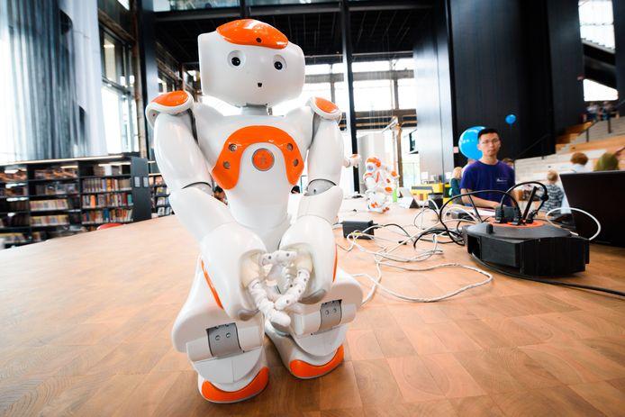 Studenten bij Fontys ontwerpen zelf robots.