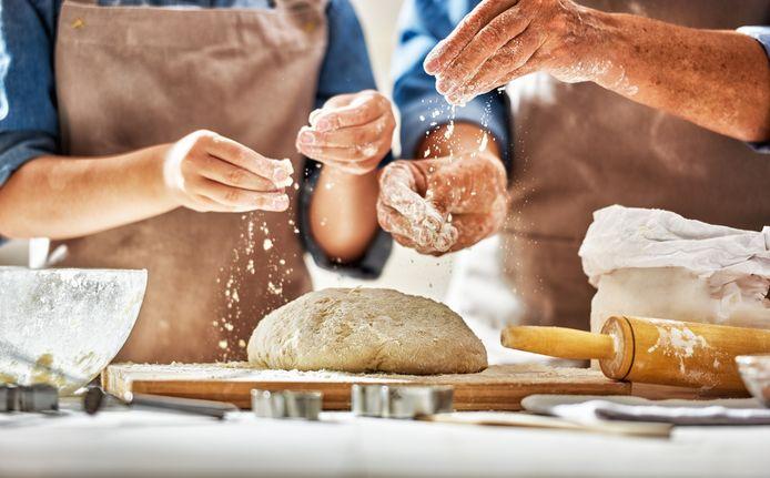Brood bakken is in coronatijd nog populairder geworden.