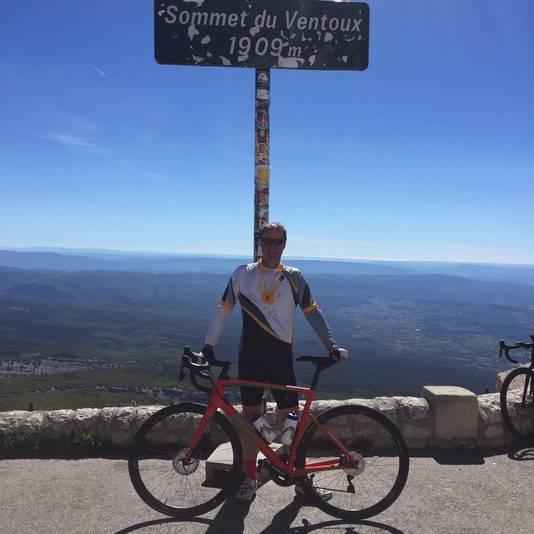 Bij een eerdere sponsorrit naar de top van de Mont Ventoux