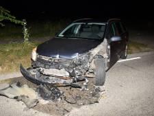 Automobilist botst op tractor bij Grijpskerke, één gewonde