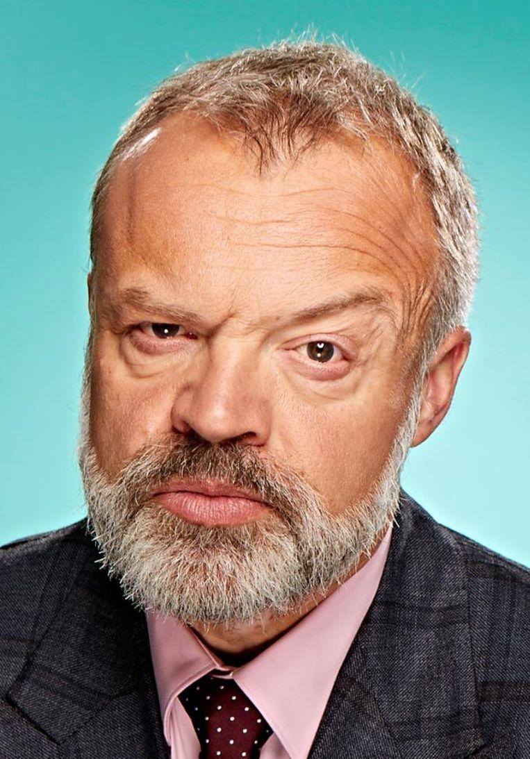 De Britse komiek Norton heeft weer een bank vol vertier voor u in petto. Beeld null