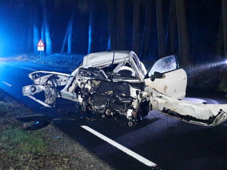 Zware crash bij Ugchelen, inzittenden auto spoorloos