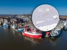 Thoolse vissers redden collega's nadat Urker kotter omslaat op de Noordzee