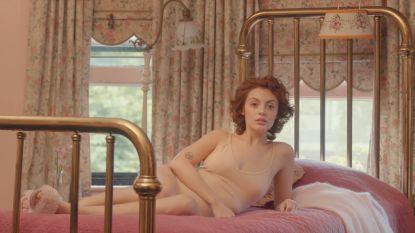 De eerste reclame voor scheermesjes waarin je vrouwen mét haar ziet is een feit
