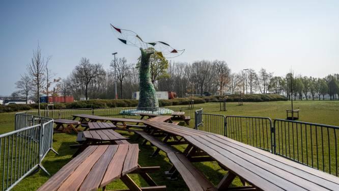 Groene Dender heeft nu ook reusachtige picknicktafel van 16 meter lang dankzij leerlingen Oscar Romerocollege