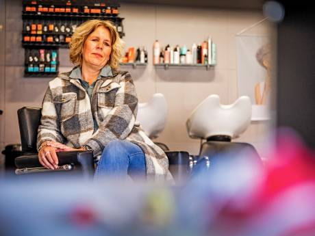 Heropening kappers komt net te laat voor Miranda: 'Ik trek de deur voorgoed achter me dicht'