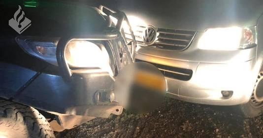 De man werd woedend en reed tegen de auto van een boswachter aan.