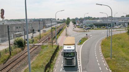 """""""Oostelijke tangent is megalomane waanzin"""": Vlaams Belang keert zich tegen nieuwe verbinding tussen E17 en N70"""