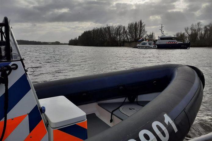 Staatsbosbeheer, Landelijke Eenheid van de Politie en andere handhavers controleerden tijdens het paasweekend bezoekers van de Biesbosch.