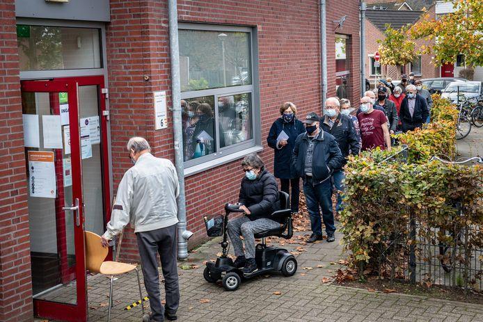 Beek/Nederland: Griepprik halen bij Culturhus Dgfoto Foto: Bert Beelen
