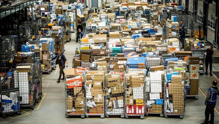 Pakketjes in het pakkettensorteercentrum in Nieuwegein Beeld ANP