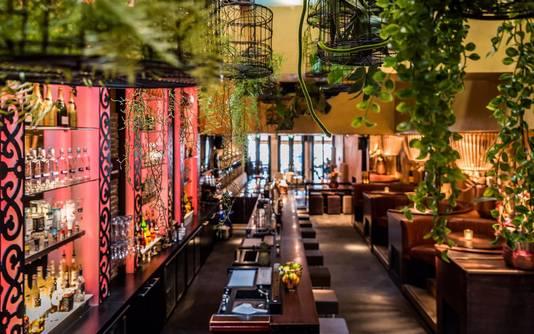 Het interieur van Millers Cocktail Kitchen.