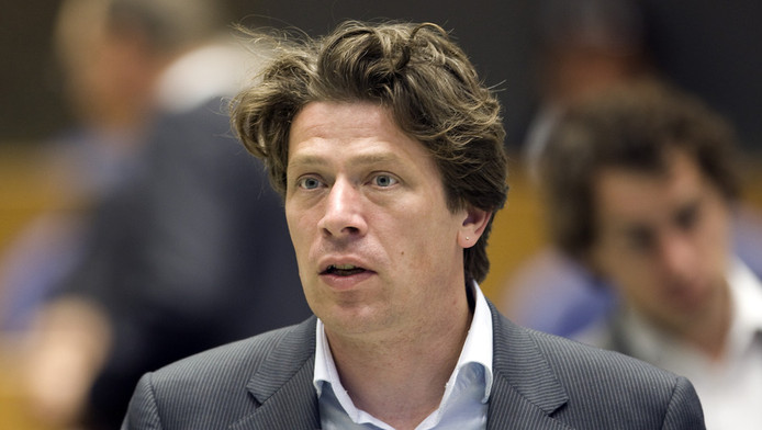PvdA'er Paul Tang in de Tweede Kamer in 2009.