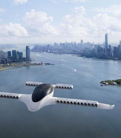 Deze vliegende taxi stijgt verticaal op en kan 300 km/u