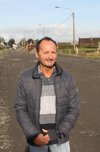 """ZWART PUNT. John (59) lag 3 weken in coma na zware crash op Verre Ginste: """"Zelfs een boterham smeren, lukt niet meer"""""""