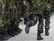 Oud-officieren: voer dienstplicht in om misstanden op kazernes tegen te gaan