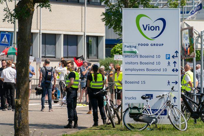 Vorige week werd er bij Vion in Boxtel gedemonstreerd door mensen die vinden dat de slachterij moet sluiten.