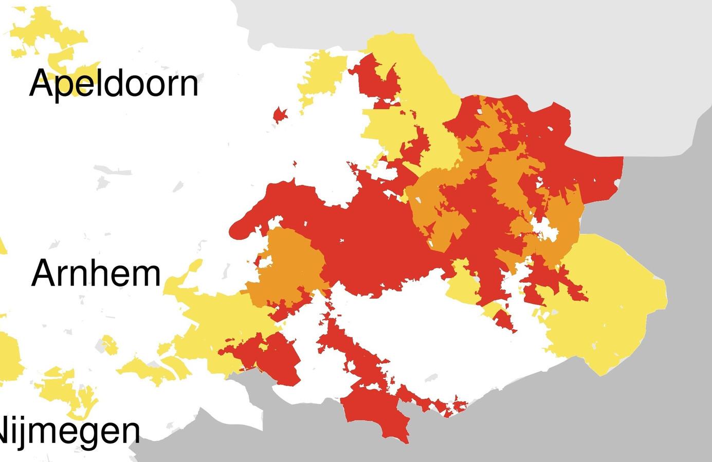 In de rode gebieden is geen transportcapaciteit meer beschikbaar. In oranje gebieden alleen nog zeer beperkt. In de gele gebieden beperkt en de witte gebieden is er nog ruimte. Berkelland kleurt rood en oranje.