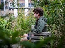 Non-binaire Simon (15) laat zich niet in het hokje man of vrouw duwen. 'Zodra je je buiten die tweedeling beweegt is er wantrouwen'