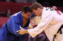 Matthias Casse versus Adrian Gandia.
