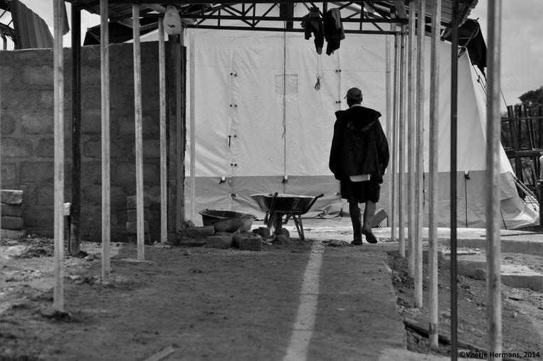 Een behandelingscentrum in opbouw in Bo. Beeld Veerle Hermans
