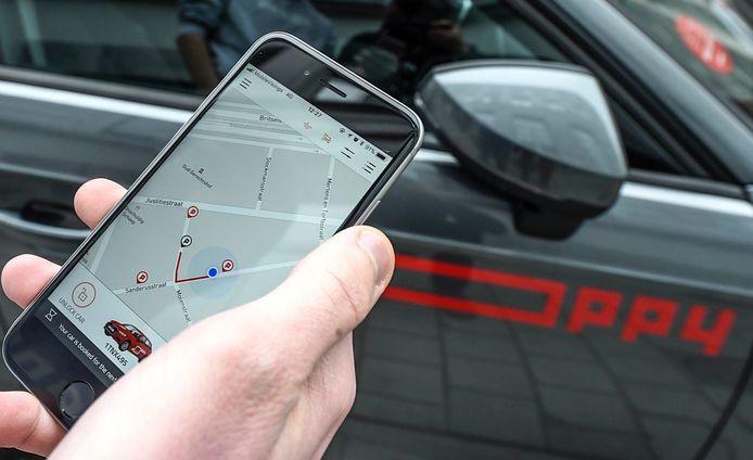 Binnenkort zullen er ook in Lier Poppy deelwagens opduiken. Via een app kunnen gebruikers de auto's lokaliseren.