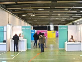 No-shows in vaccinatiecentrum Roeselare Expo? Dan krijgen vrijwilligers en medewerkers hun spuitje