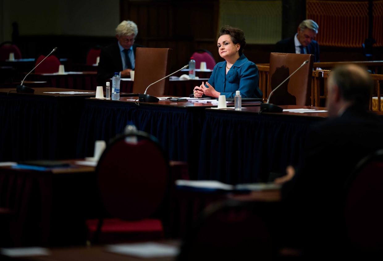 Staatssecretaris Alexandra van Huffelen van financiën in de Eerste Kamer tijdens de behandeling van de compensatiewet voor slachtoffers in de toeslagenaffaire.