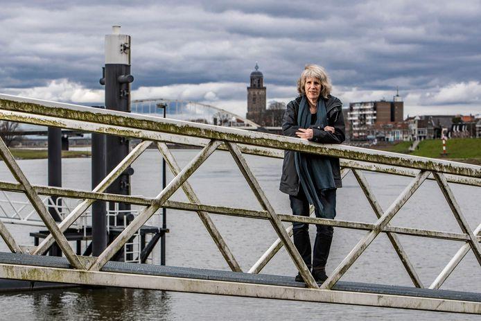 Mieke Conijn en haar medewerkers hebben al honderden uren werk zitten in de komende IJsselbiennale die op 18 juni opent en dan honderd dagen lang te zien is in de IJsselvallei.