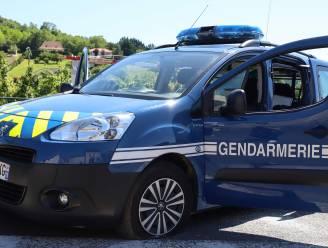 Franse gendarmerie legt raveparty stil in Bretagne met 1.500 mensen stil: feestvierder verliest hand
