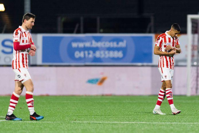 Ruben Roosken (rechts) verdiende ondanks een plaats in het 'elftal van de week'.