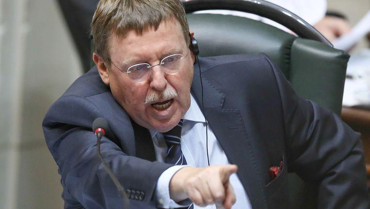 Kamervoorzitter Siegfried Bracke in volle actie.