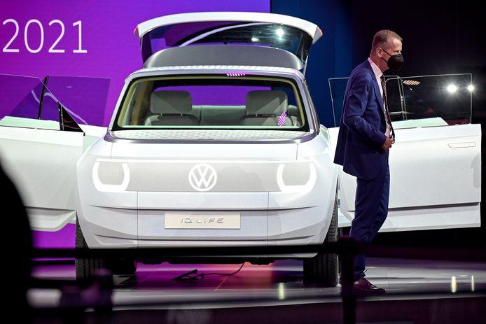Herbert Diess, ceo van Volkswagen, tijdens de International Motor Show 2021 in München.
