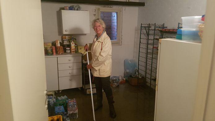 Luce Deeren zag haar garage en kelder onderlopen. Ze maakte dit in 15 jaar nog niet mee.