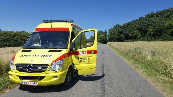 Een ziekenwagen van Ambulancedienst Poppel