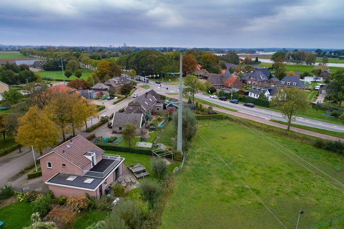 Er wordt nu een plan gemaakt voor het ondergronds brengen van de hoogspanningslijn bij 's-Heerenbroek.