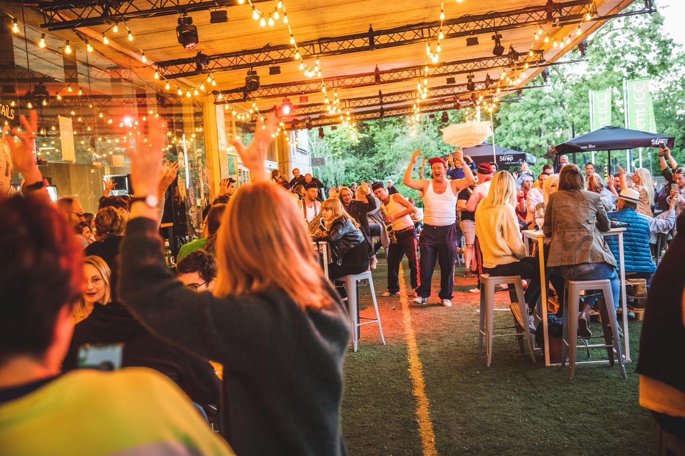 Op Baracita, de populaire zomerbar aan het ICC en de speeltuin van Stefaan De Winter, is het wachten tot 3 juni